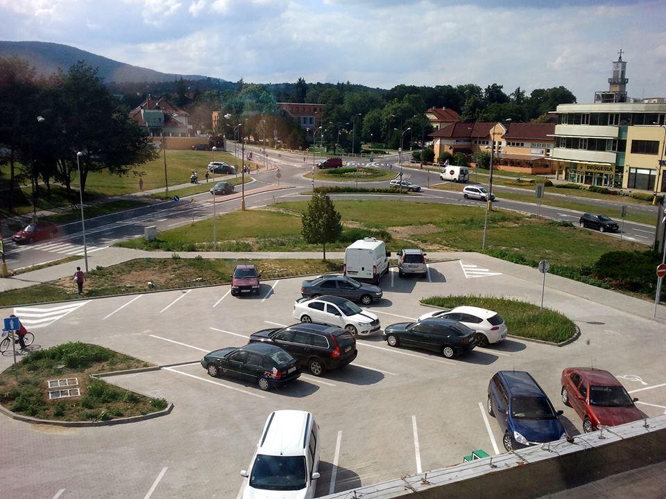 parkovisko OD Jednota Nové Mesto nad Váhom